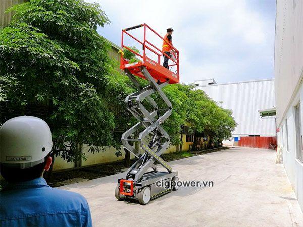 Phân phối và cho thuê xe nâng người uy tín tại Hà Nội