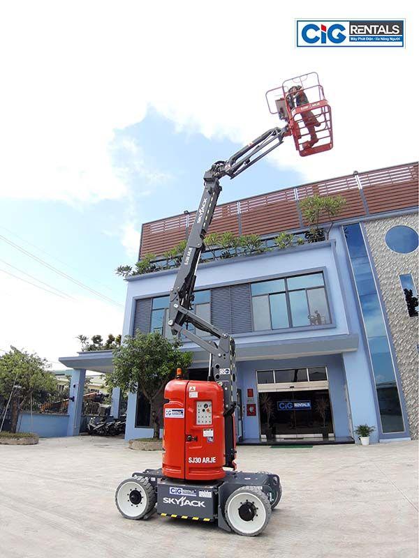 Xe nâng người boom lift dạng gấp khúc Skyjack SJ30 ARE/ARJE