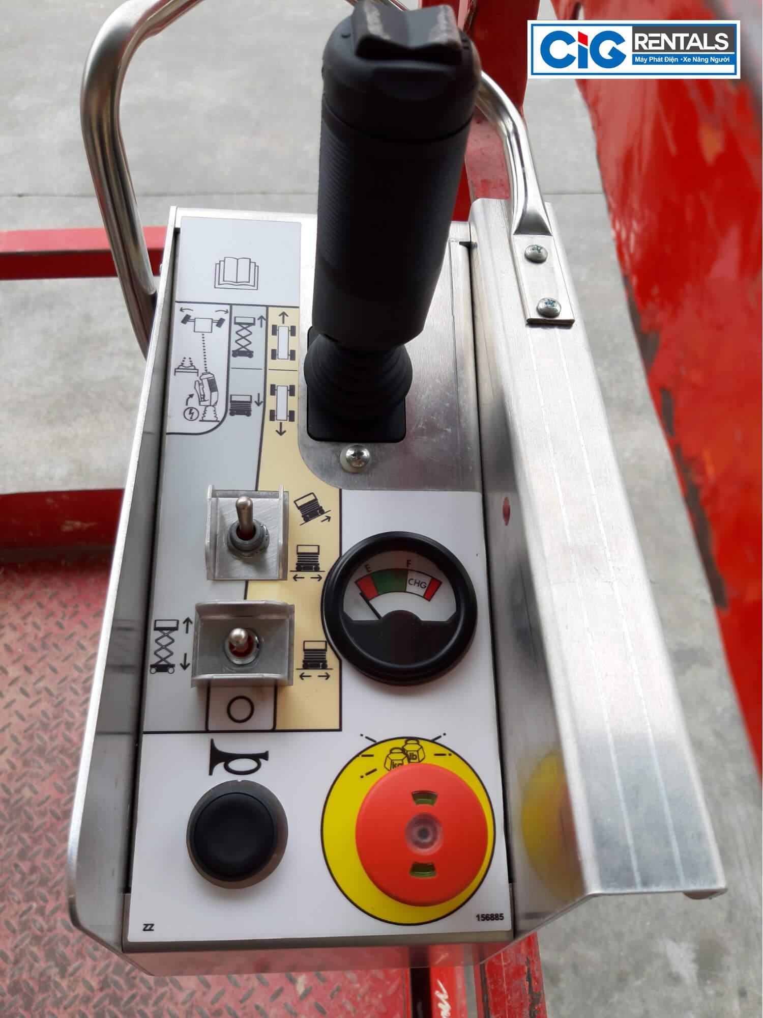 Hệ thống điều khiển xe nâng người làm việc trên cao