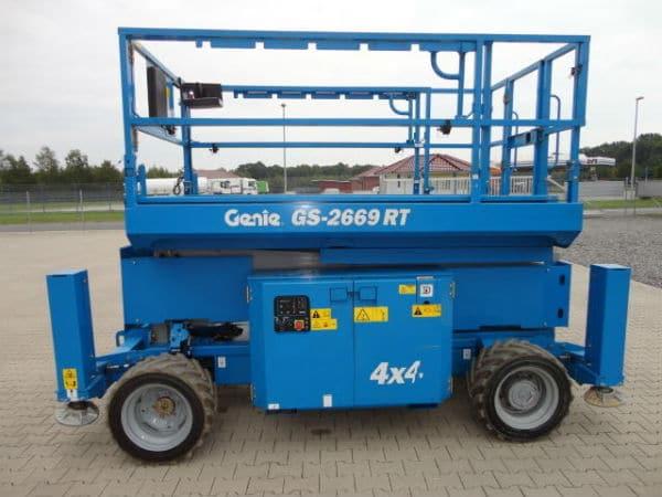 Xe nâng người dạng cắt kéo Genie GS-2669 RT